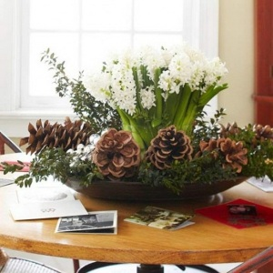 Merry-and-Bright-Christmas-Wedding-Centerpieces_24