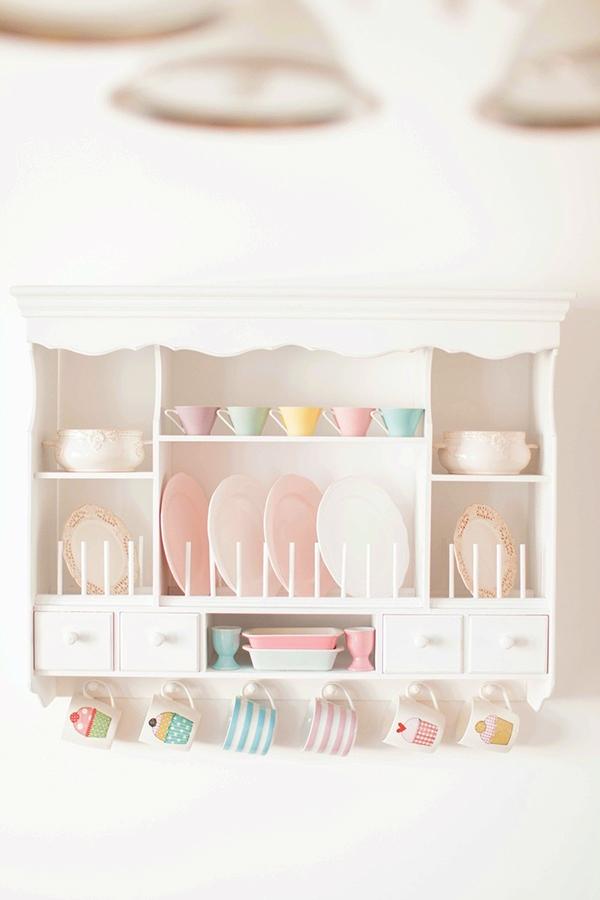 pastel plate rack