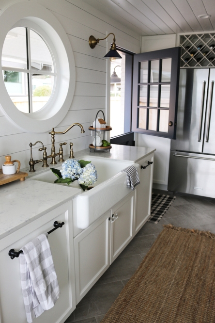 The-Inspired-Room-Small-Kitchen-Reveal-Farmhouse-Sink-Brass-Faucet-Navy-Dutch-Door