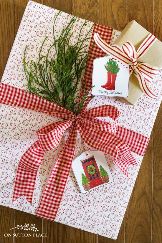 christmas-printable-gift-tags-red-boots