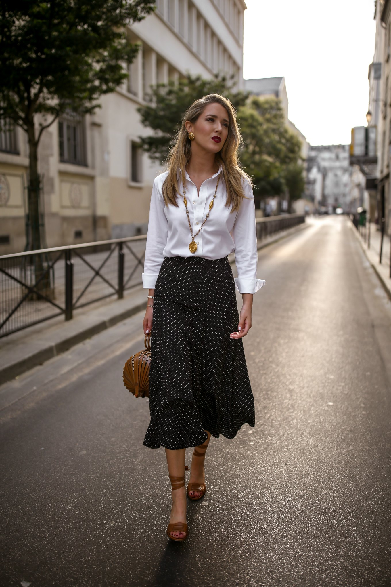 polka-dot-midi-skirt-white-affordable-button-down-shirt-uniqlo-summer-workwear-outfit-heat2-680x1020@2x